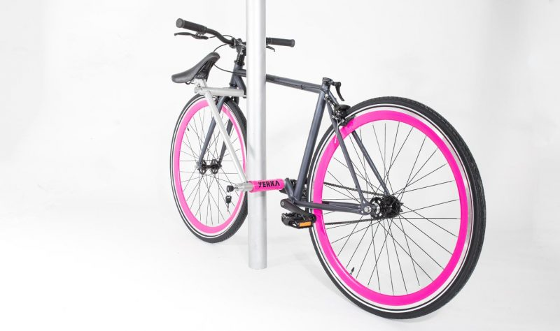 Yerka-v2-magenta-lock-candado-unstealable-bike